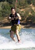 wakeboarding的人 免版税库存照片