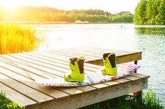 wakeboarding的起动和委员会 免版税图库摄影