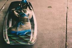 Wakeboarding, krańcowi wodni sporty Stawia dalej podłoga zdjęcia stock