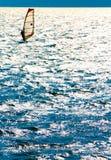 Wakebording auf dem See Stockfotos