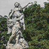 WALBRZYCH POLEN - JULI 07, 2016: Härliga monument nära Ksia Royaltyfria Foton
