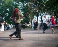 walc spacer w centrum miasta Fotografia Stock
