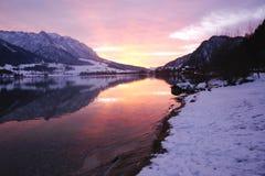 Walchensee Oostenrijk - Zonsondergang Stock Afbeelding