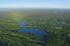Wald und Seen Stockfoto