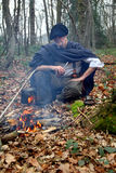 Waldlagermann im Holz Stockfotografie