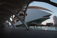 Walencja Hiszpania, Kwiecień, - 28, 2019: Palau De Les Sztuka Reina Sofia królowej Sofia pałac sztuki, projektujący Calatrava zdjęcie stock