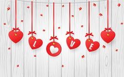 Walentynek dekoracyjni serca wiesza na białym drewnianym tle ilustracja wektor