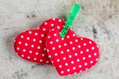 Walentynek serca z clothespin Obrazy Royalty Free