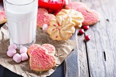 Walentynka dnia cukrowi ciastka z kropią zdjęcia stock