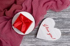Walentynka dnia kartka z pozdrowieniami z literowaniem Kocham ciebie zdjęcia stock