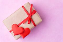 Walentynka dnia tło, kartka z pozdrowieniami, niespodzianka zdjęcia royalty free