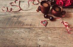Walentynka dnia tło Walentynka dnia stołu miejsca położenia Drewniany stół z kopii przestrzenią Obrazy Royalty Free