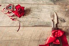 Walentynka dnia tło Walentynka dnia stołu miejsca położenia Drewniany stół z kopii przestrzenią Zdjęcia Royalty Free