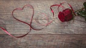 Walentynka dnia tło Walentynka dnia stołu miejsca położenia Drewniany stół z kopii przestrzenią Obrazy Stock