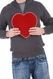 Walentynka: Mężczyzna mienia cukierku Czerwony Aksamitny pudełko Obrazy Stock