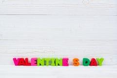 Walentynki karta z Szczęśliwym walentynki czerwieni i teksta dzianiem on Obrazy Royalty Free