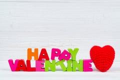 Walentynki karta z Szczęśliwym walentynki czerwieni i teksta dzianiem on Obraz Stock