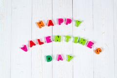 Walentynki karta z Szczęśliwym walentynki czerwieni i teksta dzianiem on Zdjęcia Royalty Free