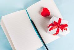 Walentynki ` s dnia kartka z pozdrowieniami pojęcie Fotografia Royalty Free