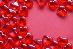 Walentynki ` s dnia tło, wiele czerwoni przejrzyści serca Fotografia Royalty Free