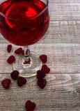 Walentynki ` s dnia wina i serca tło Obrazy Stock