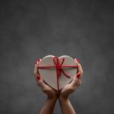 Walentynki serca pudełko Obrazy Royalty Free