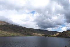Wales, Snowdonia Lyn Ogwen Ein Fr?hlingstag stockfotos