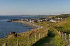 Walesisk kust- banaplats i Ceredigion Arkivfoto
