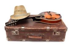 Walizka dwa i mandolina Obrazy Royalty Free