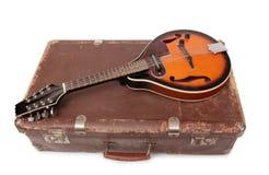 Walizka jeden i mandolina Fotografia Stock