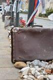 Walizki i kamienie jako pomnik dla Nazistowskiego zajęcia w Budapest fotografia royalty free