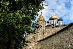 Walk along walls of the Pskov Kremlin in summer Stock Photos