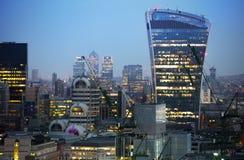 Walkie-talkie τραπεζικές εργασίες και γραφείο aria κτηρίου και Canary Wharf στο υπόβαθρο Λονδίνο UK Στοκ φωτογραφίες με δικαίωμα ελεύθερης χρήσης