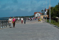 Walking on the promenade in Zelenogradsk Stock Images
