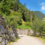 walking trail in the mountains Royalty Free Stock Photos