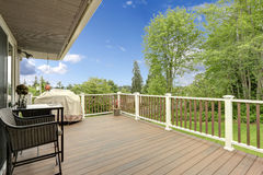 Free Walkout Deck With Patio Area Stock Photo - 39002450
