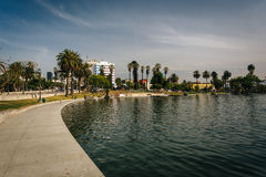 Walkway along the lake at MacArthur Park, in Westlake, Los Angel Stock Photo