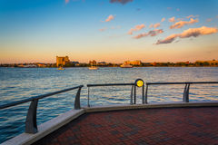 Walkway along the waterfront at Battery Wharf, in Boston, Massac Stock Photo