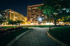 Walkway and buildings at Farragut Square at night, in Washington Royalty Free Stock Images