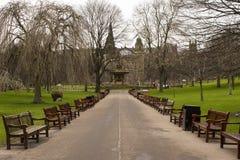 Walkway till den Ross springbrunnen royaltyfria foton