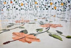 Wall and floor decoration in Sheikh Zayed Mosque Stock Photos