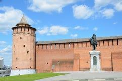 The wall of Kolomna Kremlin, the monument to Dmitry Donskoy Royalty Free Stock Photography