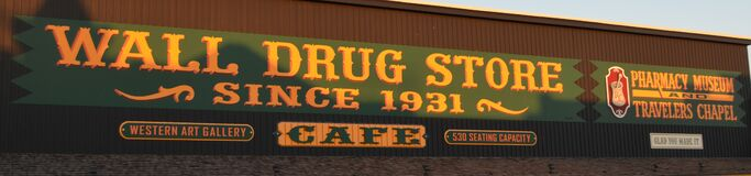 Free WALL, SOUTH DAKOTA - JUNE 4, 2017: Wall Drug Store Near Badlands National Park And The Black Hills Stock Photo - 178502670
