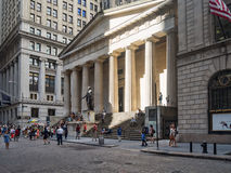 Wall Street and the Federal Hall in New York Royalty Free Stock Images