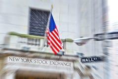Wall Street y la Bolsa de Nuevo York fotografía de archivo