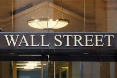Wall Street złoci listy podpisywać wewnątrz Nowy Jork Zdjęcie Stock