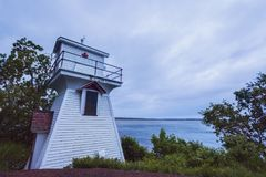 Wallace Harbour Front Range Lighthouse i Nova Scotia arkivfoton
