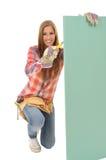 Wallboard del gesso elaborato Craftswoman fotografia stock