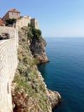 Walled klippor av Dubrovnik Royaltyfria Foton