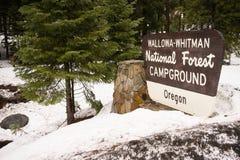 Wallowa Whitman National Forest Oregon Campground tecken USA Arkivbild